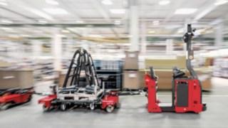 Selbstfahrender Robotik-Schlepper der automatisierten Linde MATIC-Baureihe.