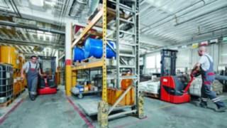 Hochhubwagen im Einsatz bei Sika Deutschland GmbH