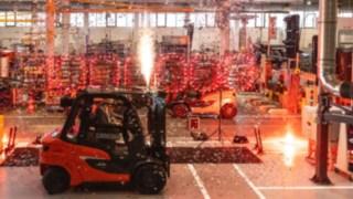 Der millionste Linde-Gegengewichtsstapler geht an Kunden aus Spanien